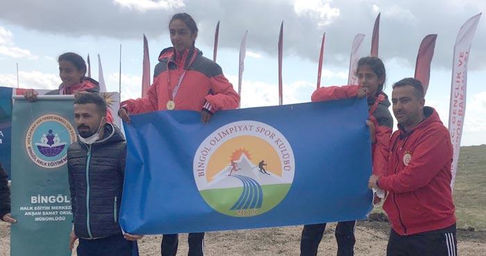 Vali Güner Orbay atletizm takımı Şırnak'ta birinci oldu