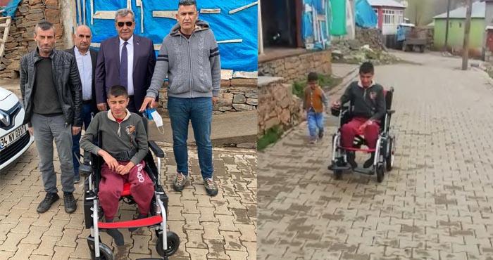 Adem'in akülü tekerlekli sandalye sevinci