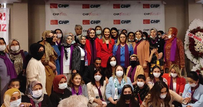 CHP'li Aylin Nazlıaka, Bingöl'de partilileriyle bir araya geldi