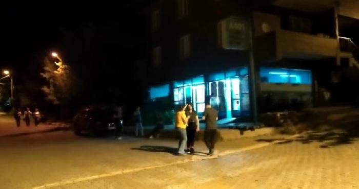 Kiğı'da 5,2'lik deprem! Vatandaşlar sokaklara koştu