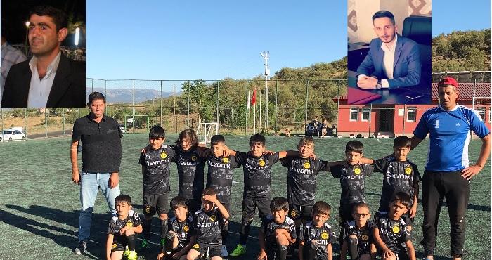 Güveçli köyü gençlerine spor malzemesi desteği