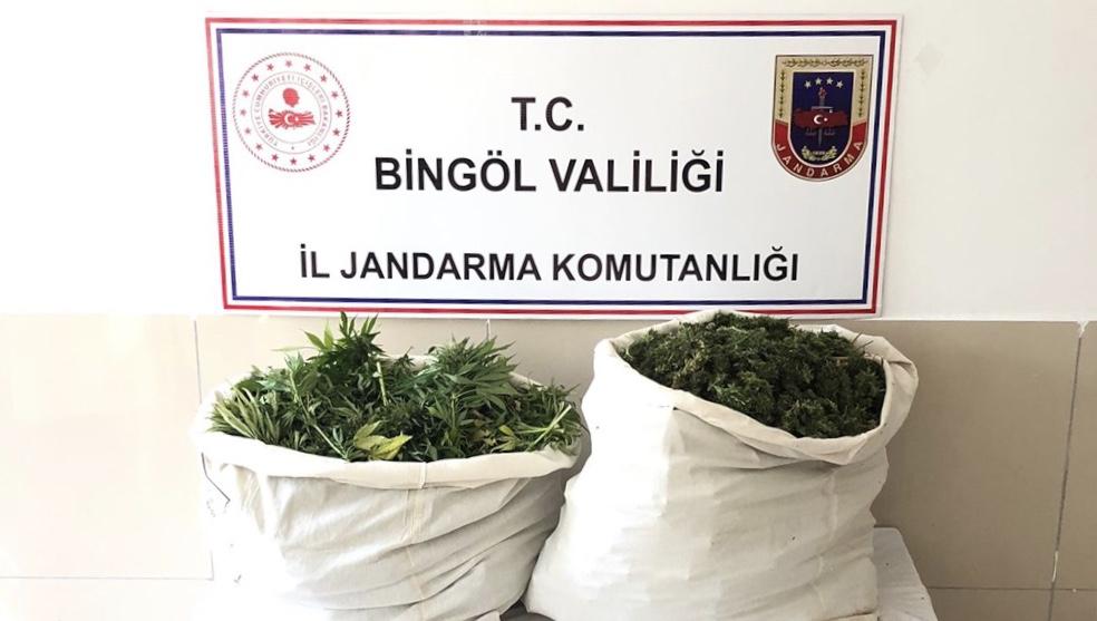 Jandarmadan uyuşturucu operasyonu! 21 kilogram esrar ele geçirildi