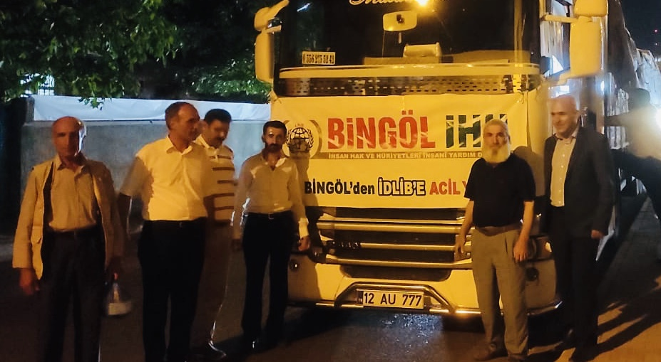 Bingöl'den Suriye'ye 34. insani yardım tırı gönderildi